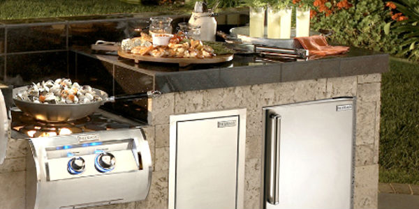 The Best Outdoor Refrigerator Brands For Your Outdoor Kitchen